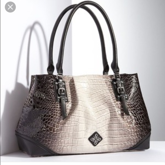 Vera wang bags collection
