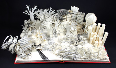 Wizard of Oz Book Sculpture from Above by Jamie B. Hannigan