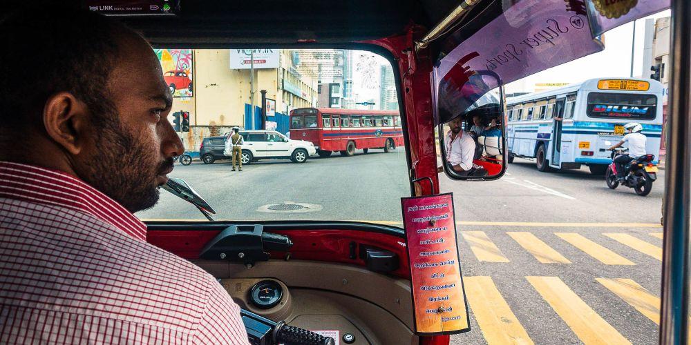 srilanka_tuk_tuk_ride