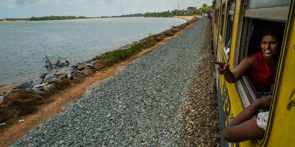 srilanka_train_passenger