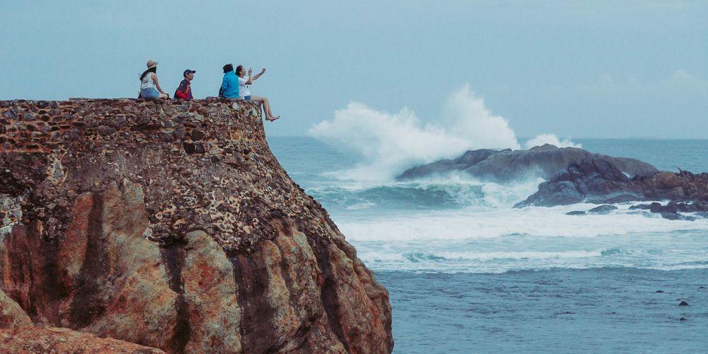 srilanka_galle_tourists