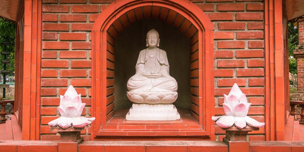 tran_quoc_buddha_vietnam
