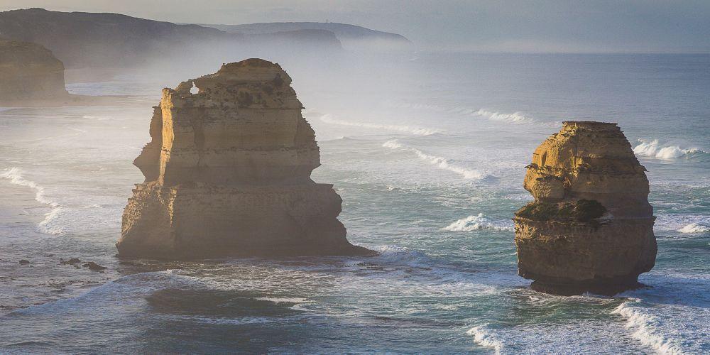 misty_twelve_apostles_australia