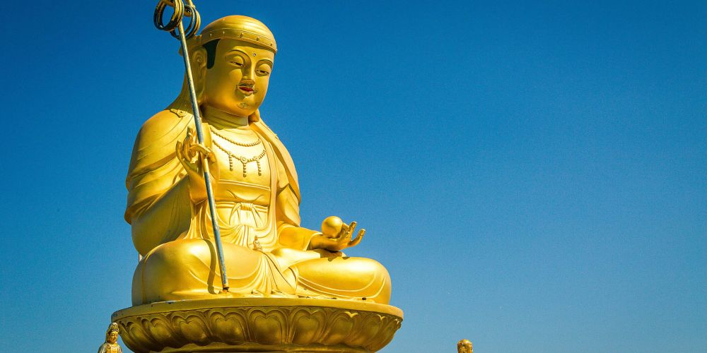 heading_buddha_korea