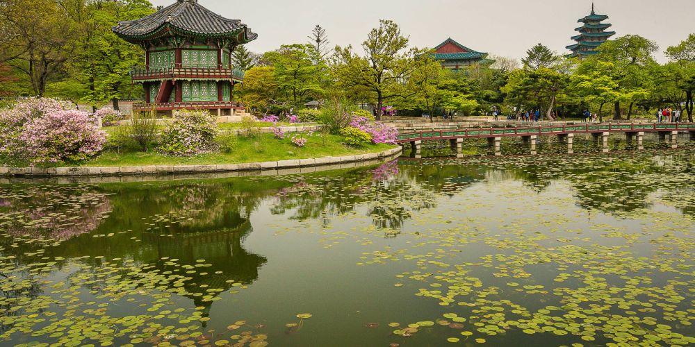 gyeongbokgung_palace_gardens_seoul