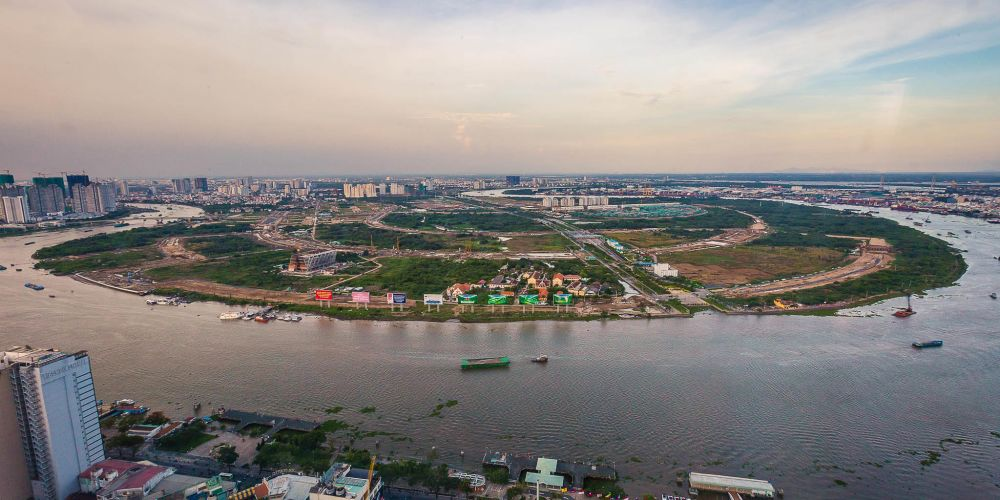 vietnam_bitexco_tower_view