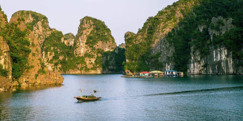 vietnam_bai_tu_long_bay