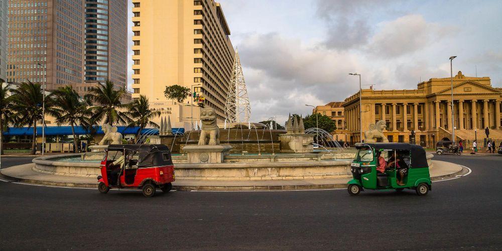 Colombo_Tuk_Tuks_SriLanka