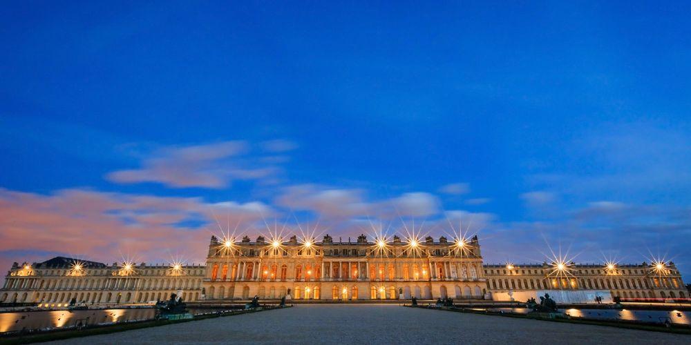 palace_of_versailles_dusk