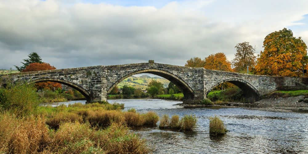 wales_united_kingdom_bridge