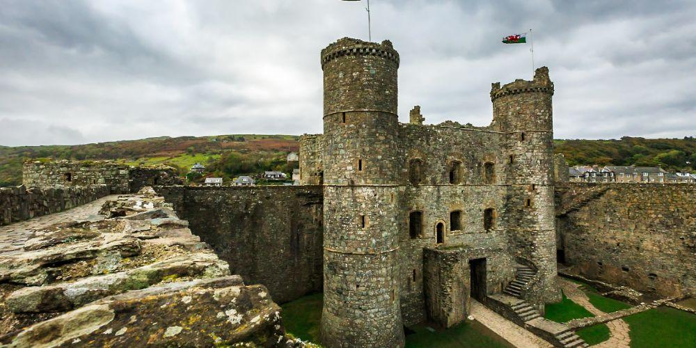 harlech_castle_ruins