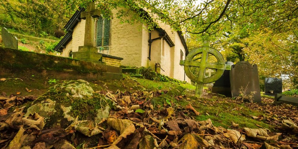 st_illtyds_church_wales