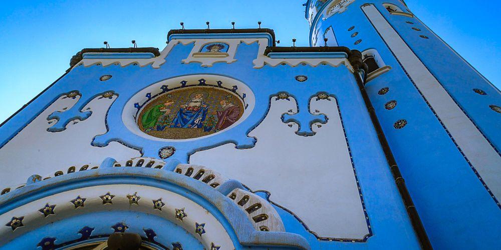 bratislava_blue_church