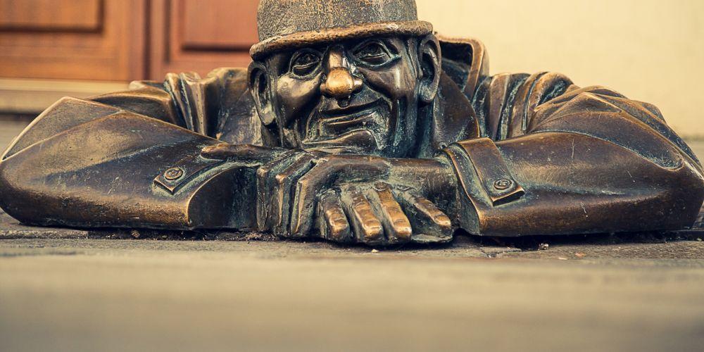 cumil_statue_bratislava