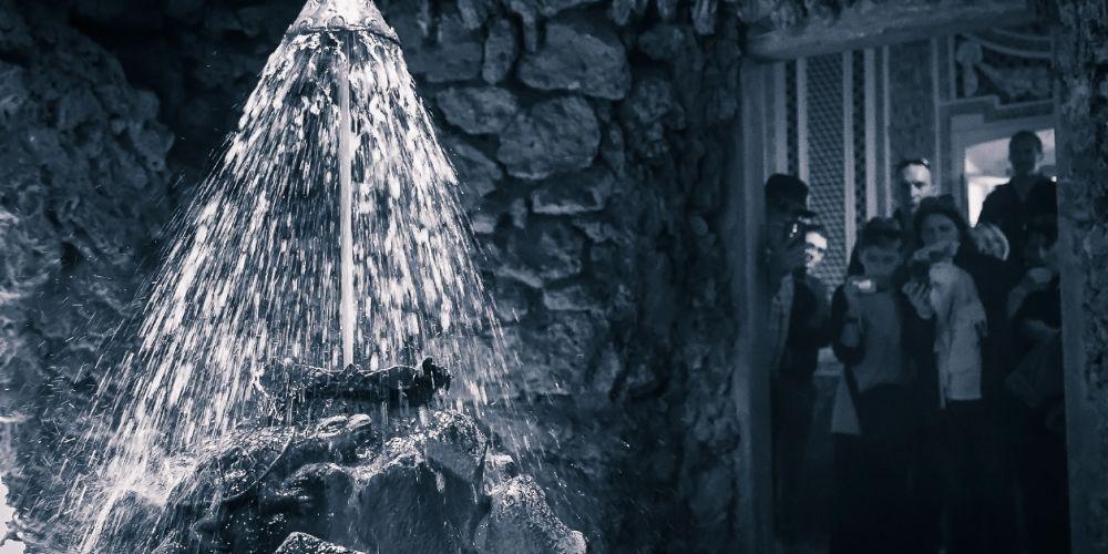 hellbrunn_fountain_salzburg_austria