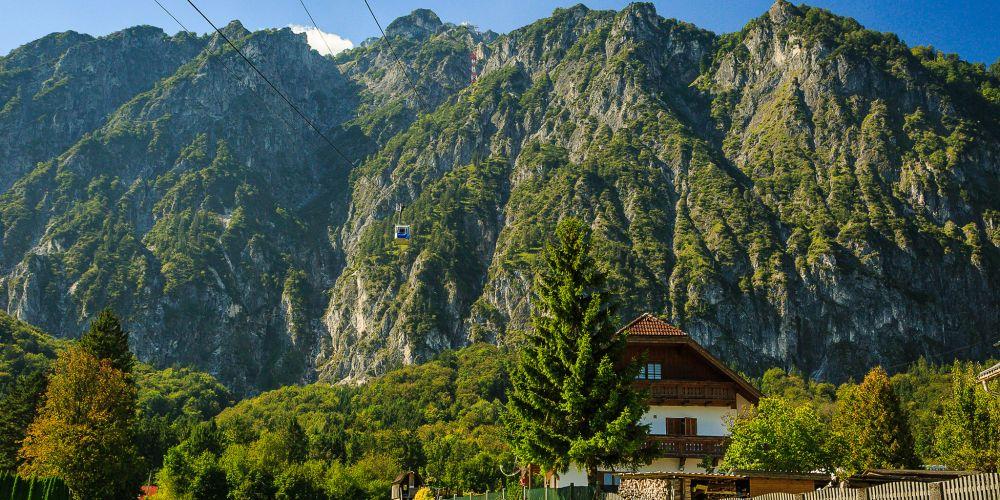 salzburg_gondola_austria
