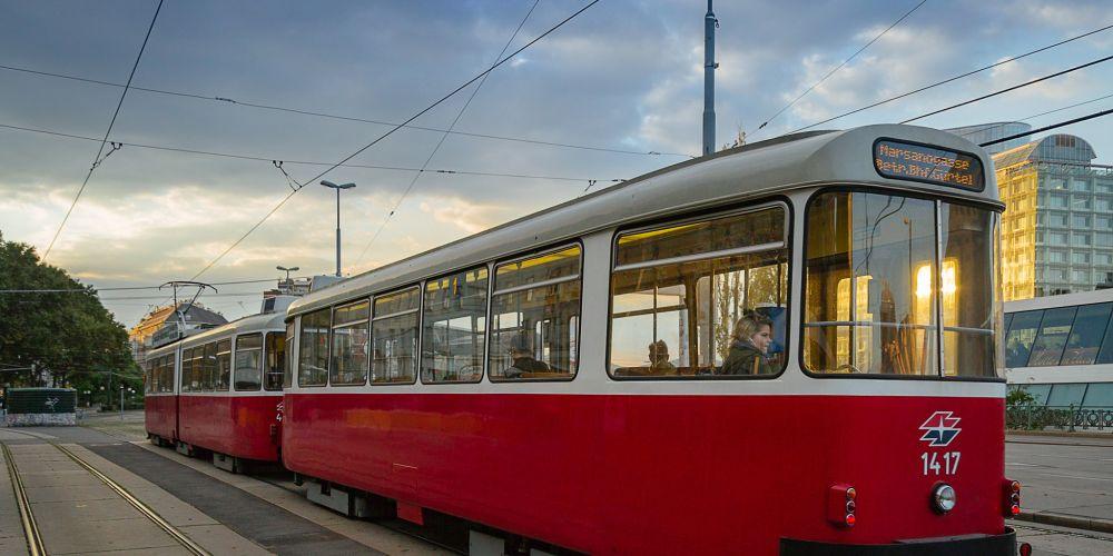 vienna_austria_tram