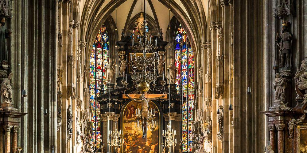 cathedral_interior_vienna_austria