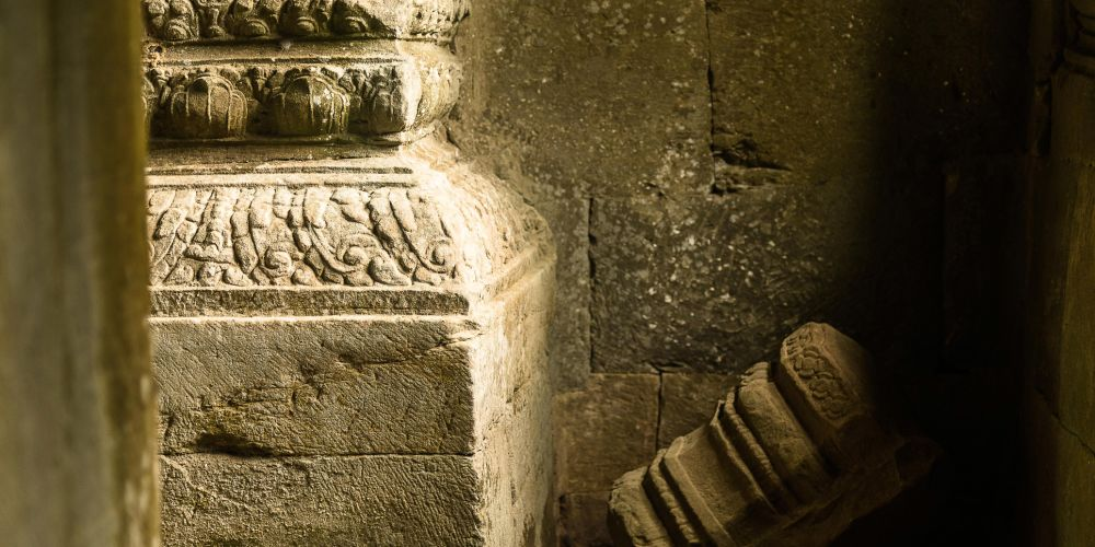 cambodia_temple_fallen_stone