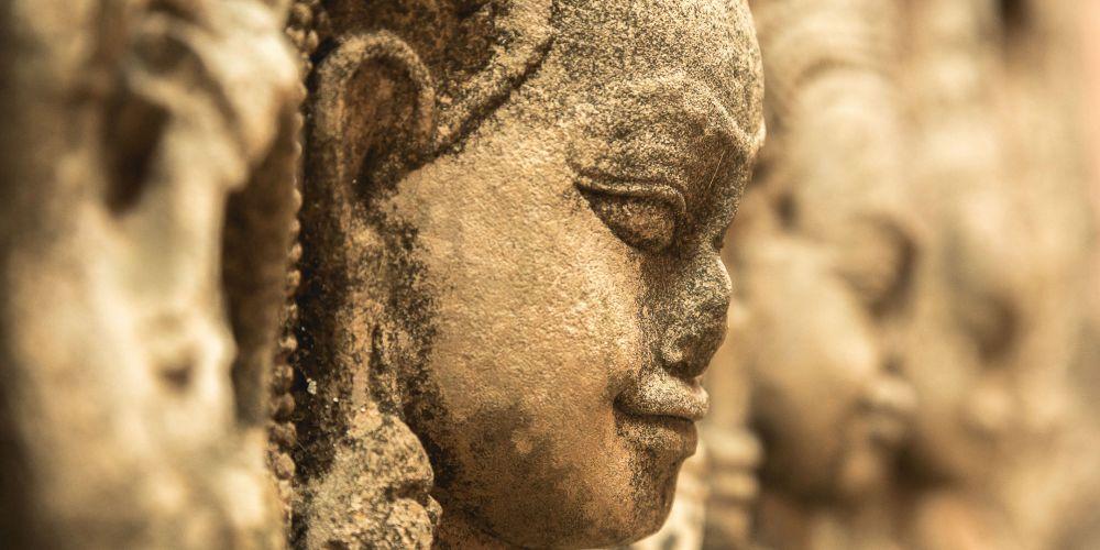 face_elephant_terrace_cambodia