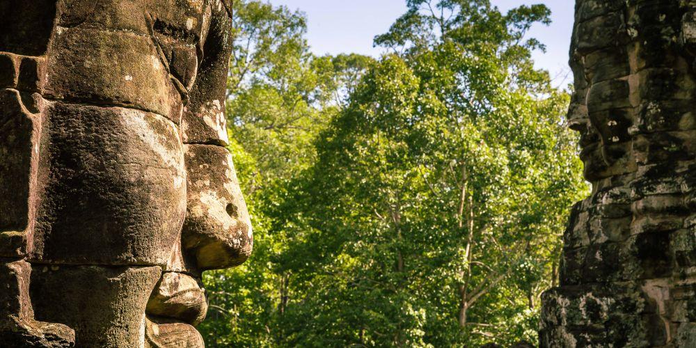 cambodia_bayon_face