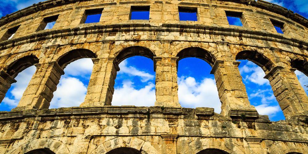 croatia_pula_roman_ruins