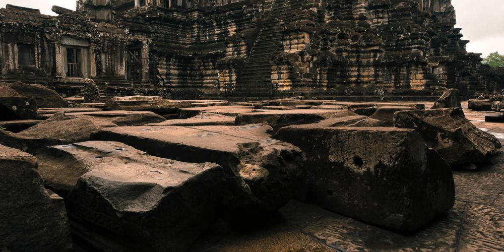 cambodia_angkor_wat_reflection