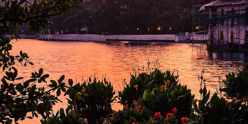 sunset_in_kandy_srilanka