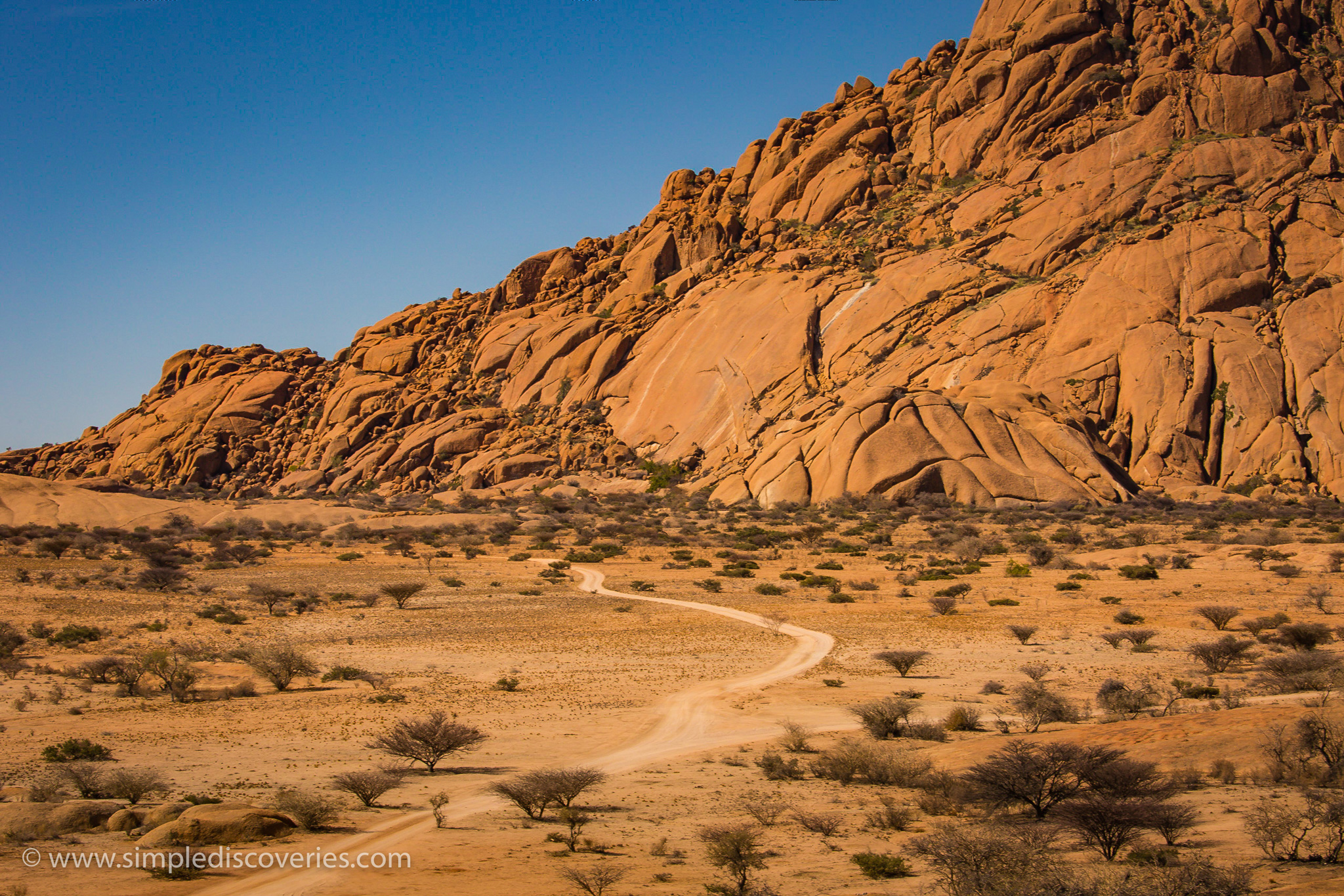 spitzkoppe_road