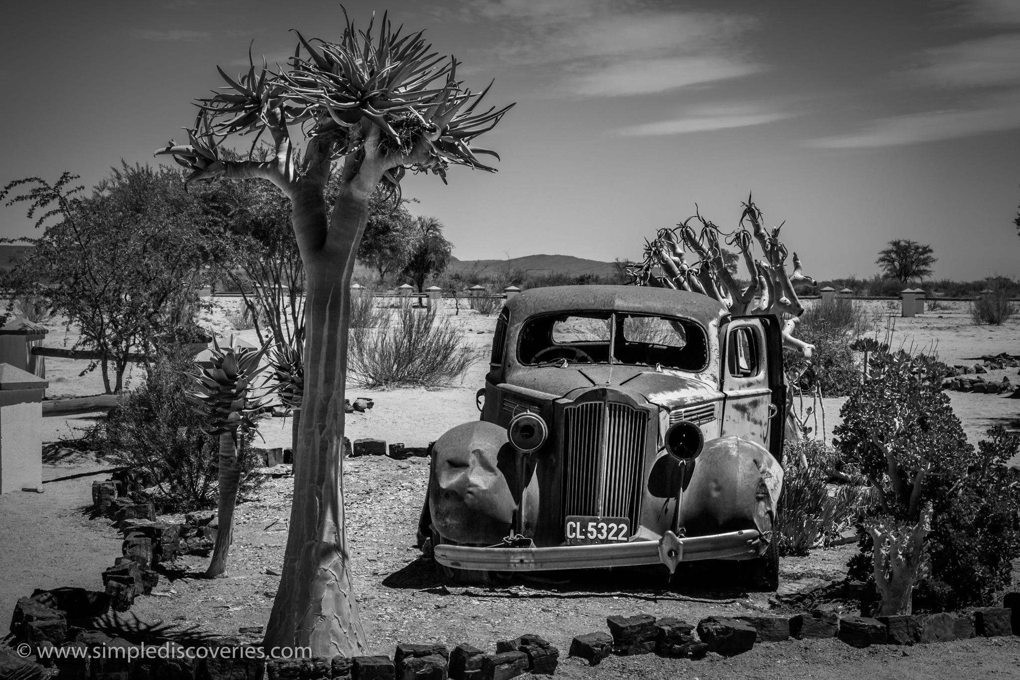 Namibia_old_car