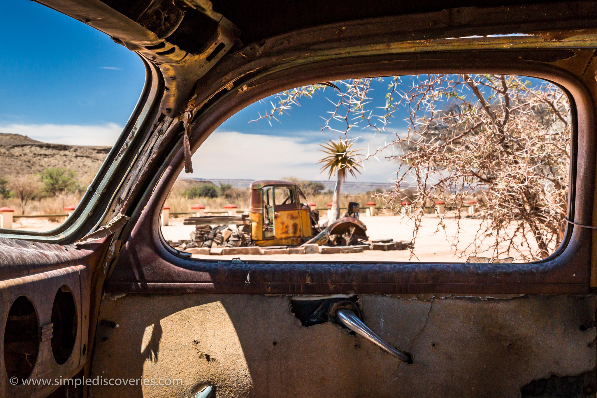 namibia_derelict_car_window