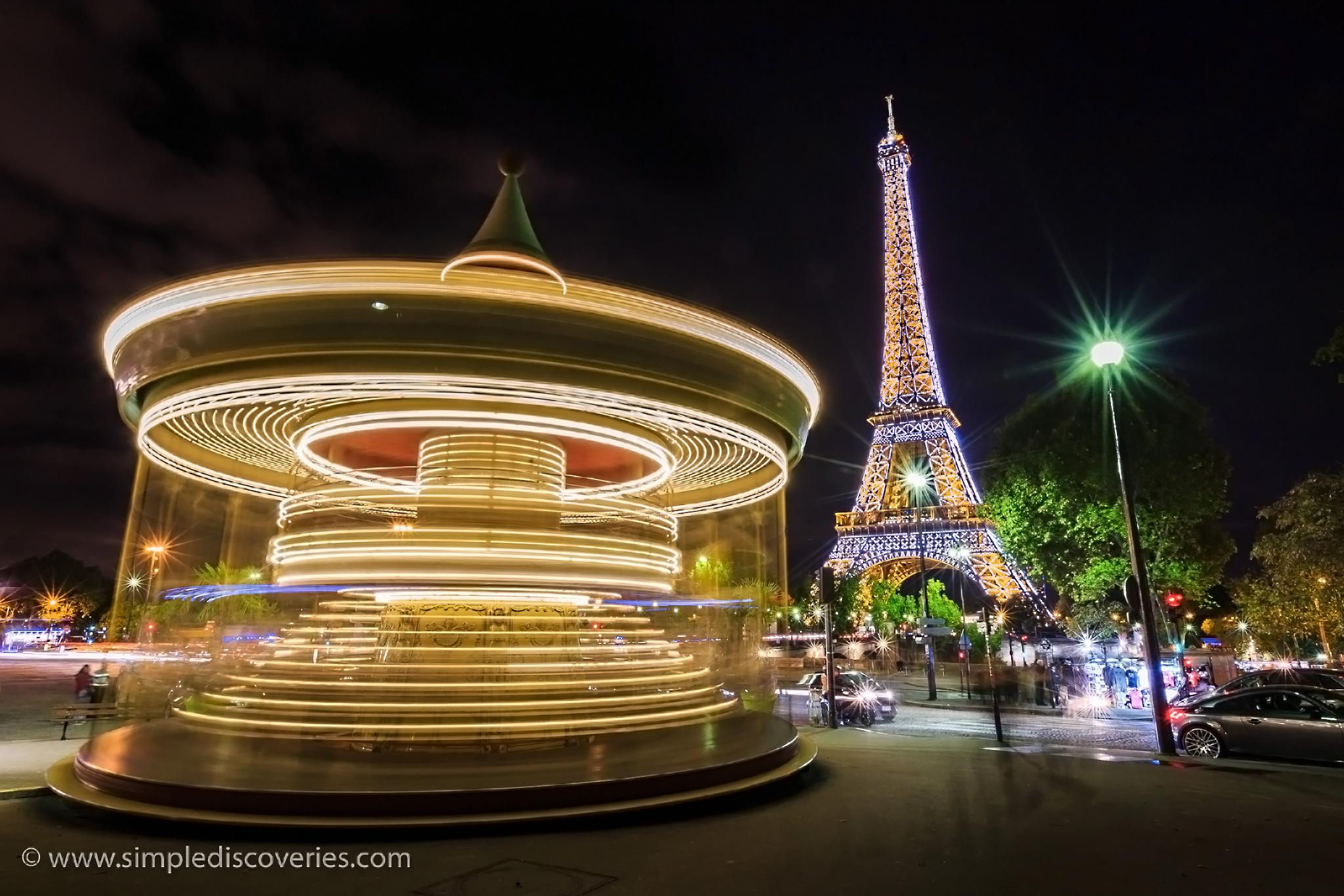 Paris_merry_go_round