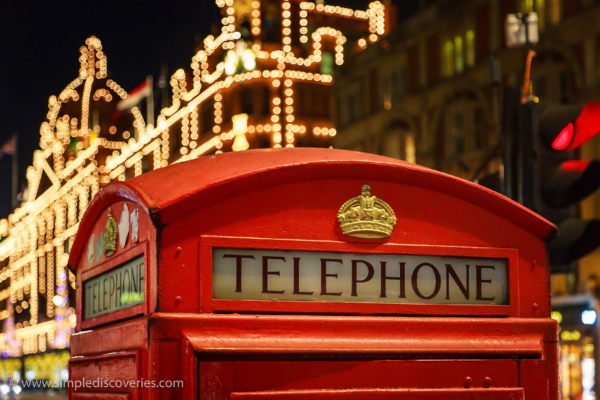 london_phone_booth_lights