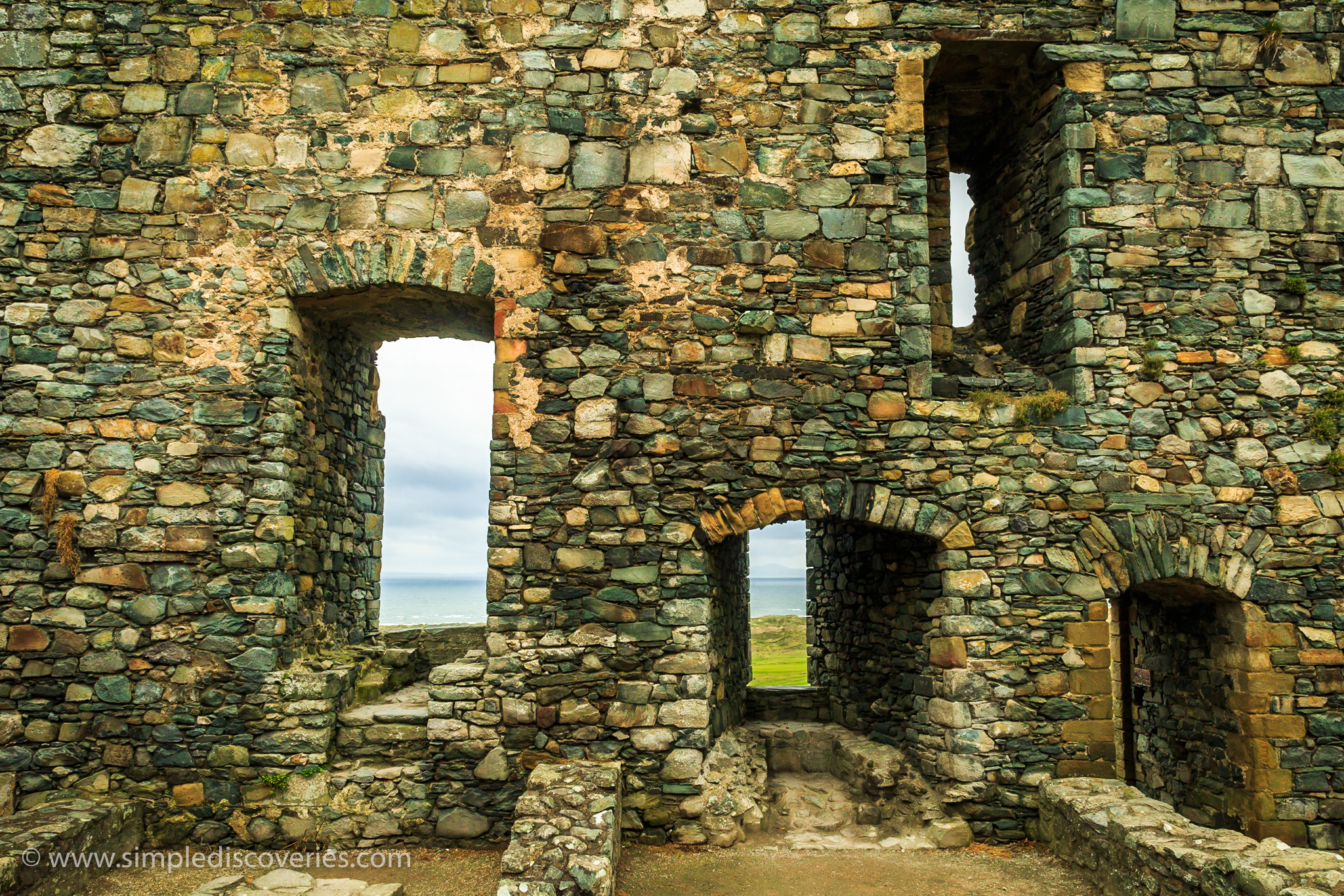 harlech_castle_windows