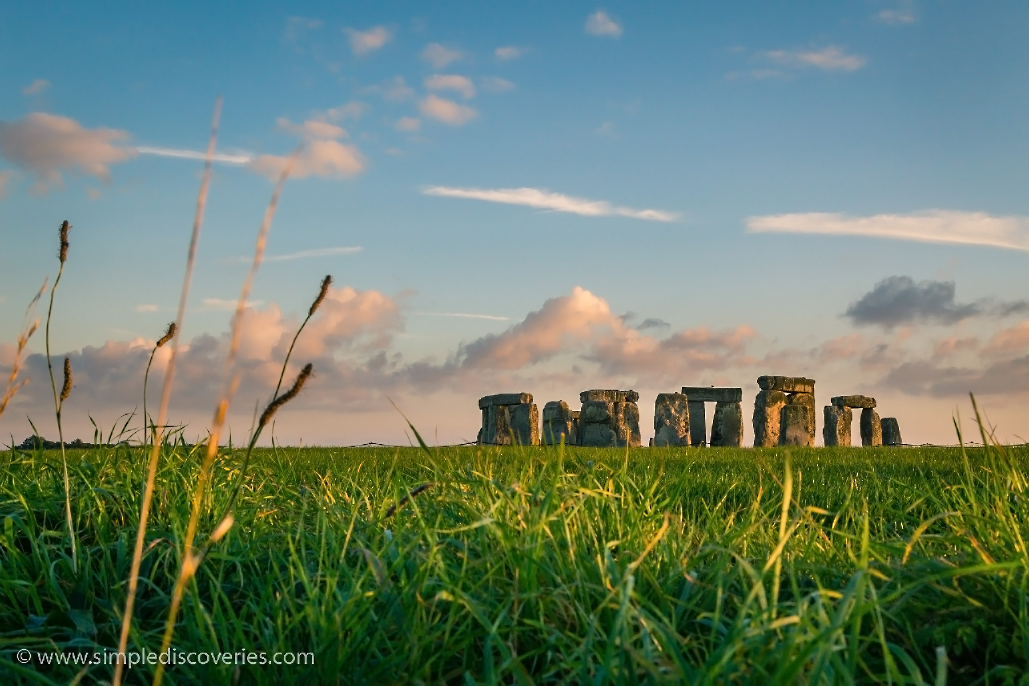 stonehenge_fields_uk