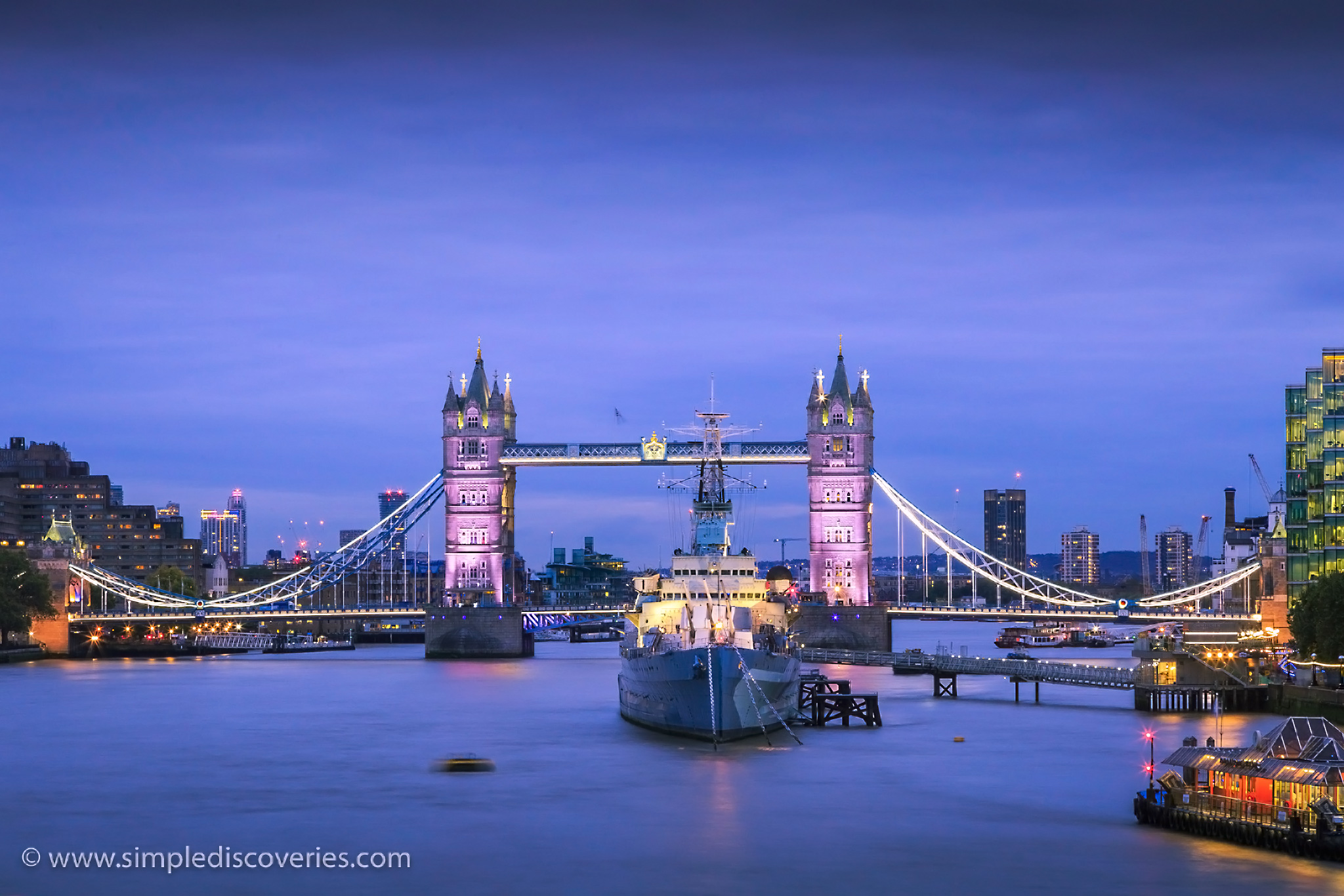 london_united_kingdom_dusk