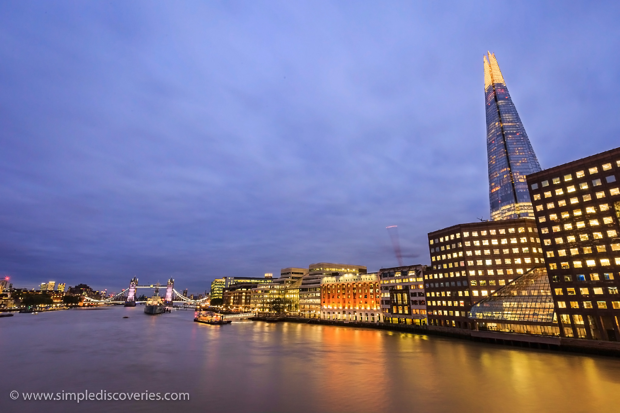 thames_at_night