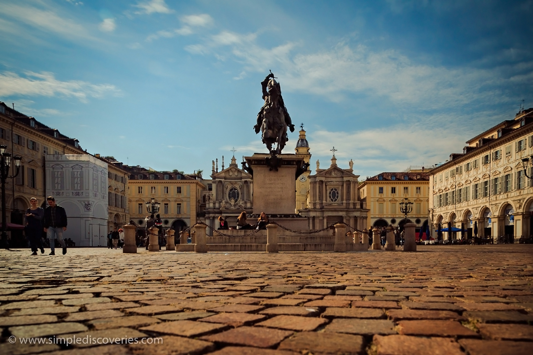 turin_italy_piazza