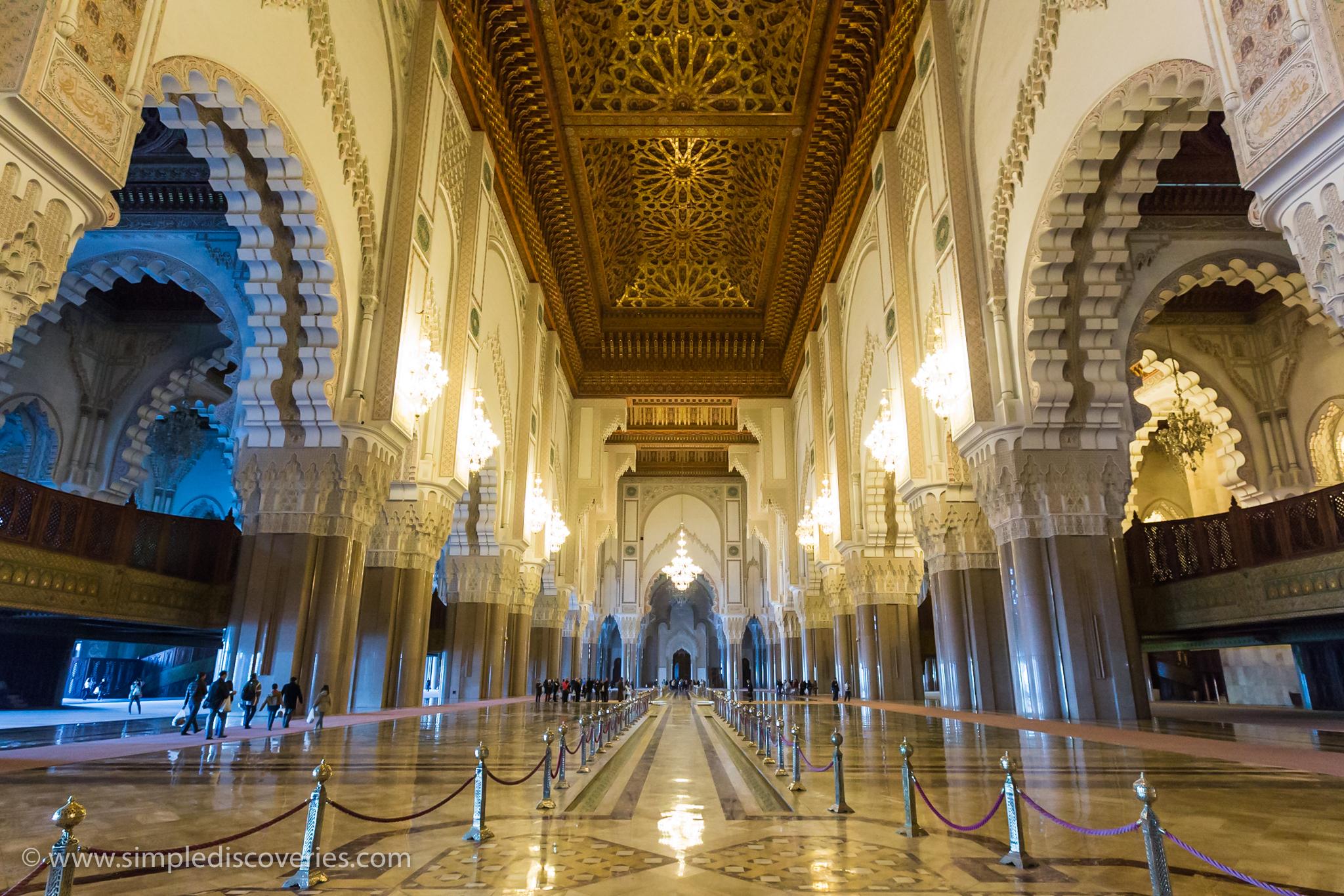 hassan_mosque_interior