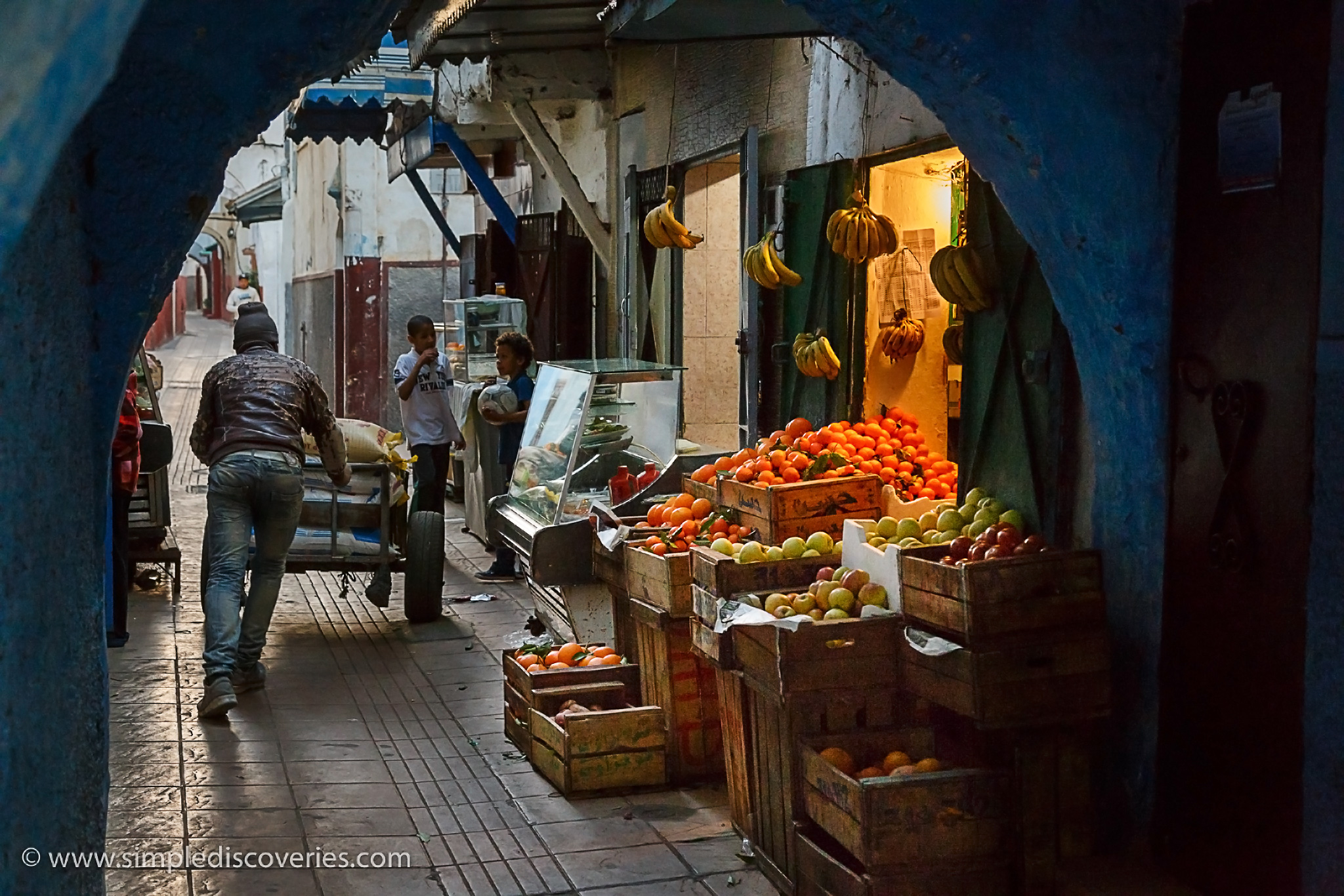 morocco_fruit_stand