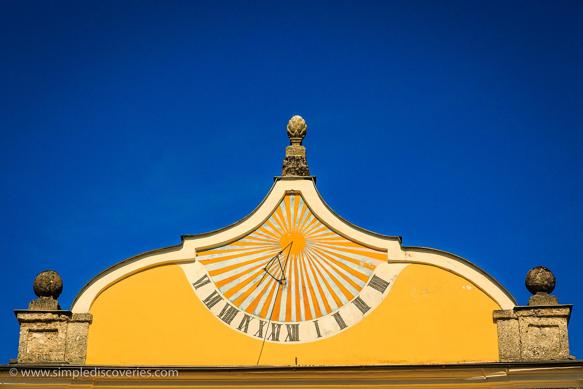 hellbrunn_sundial_austria