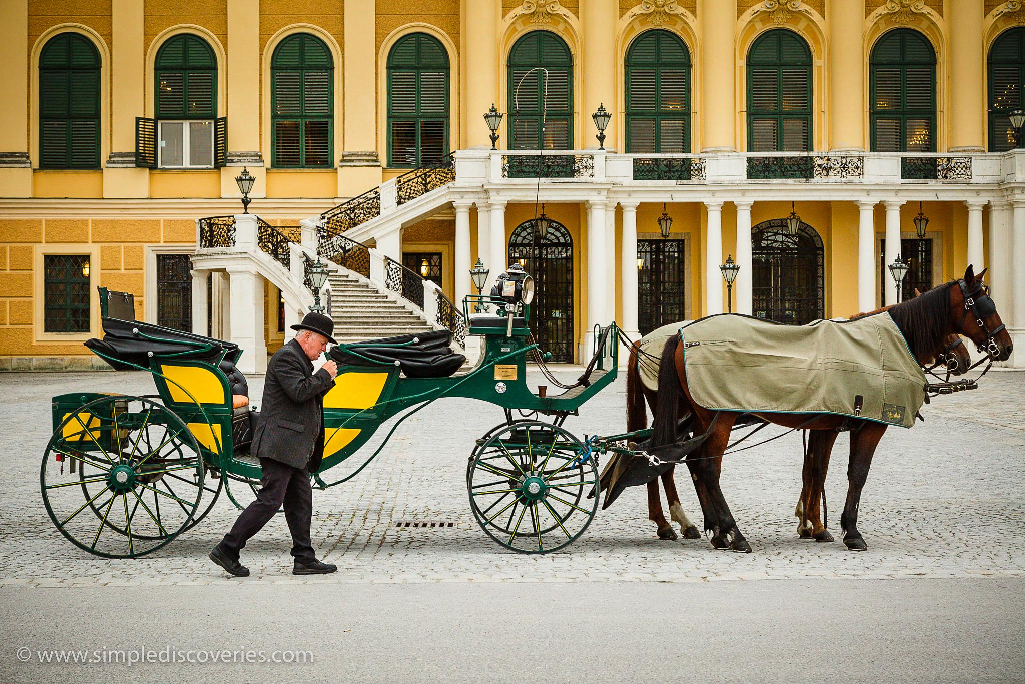 schonbrunn_carriage_austria