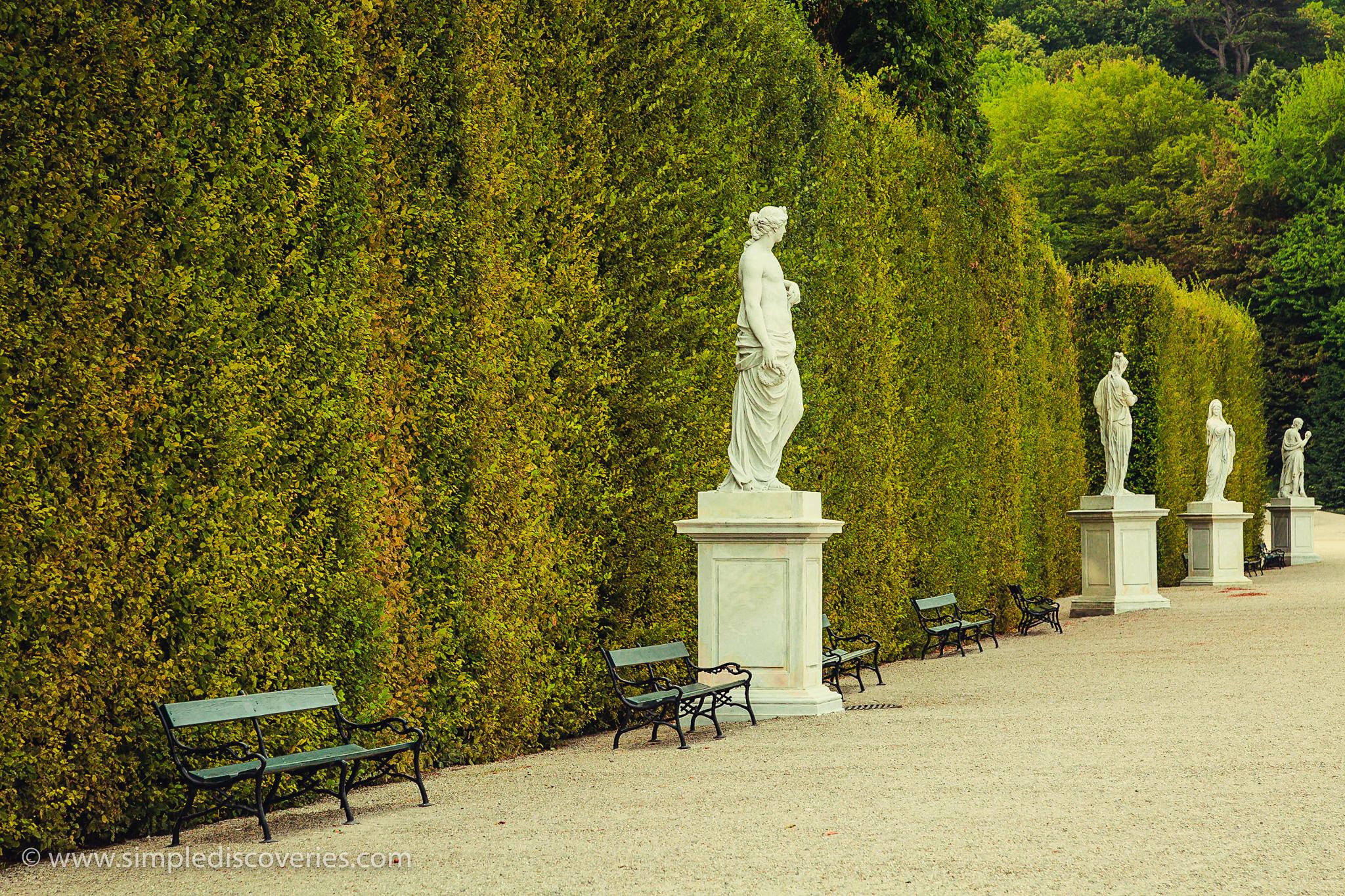 schonbrunn_grounds_austria