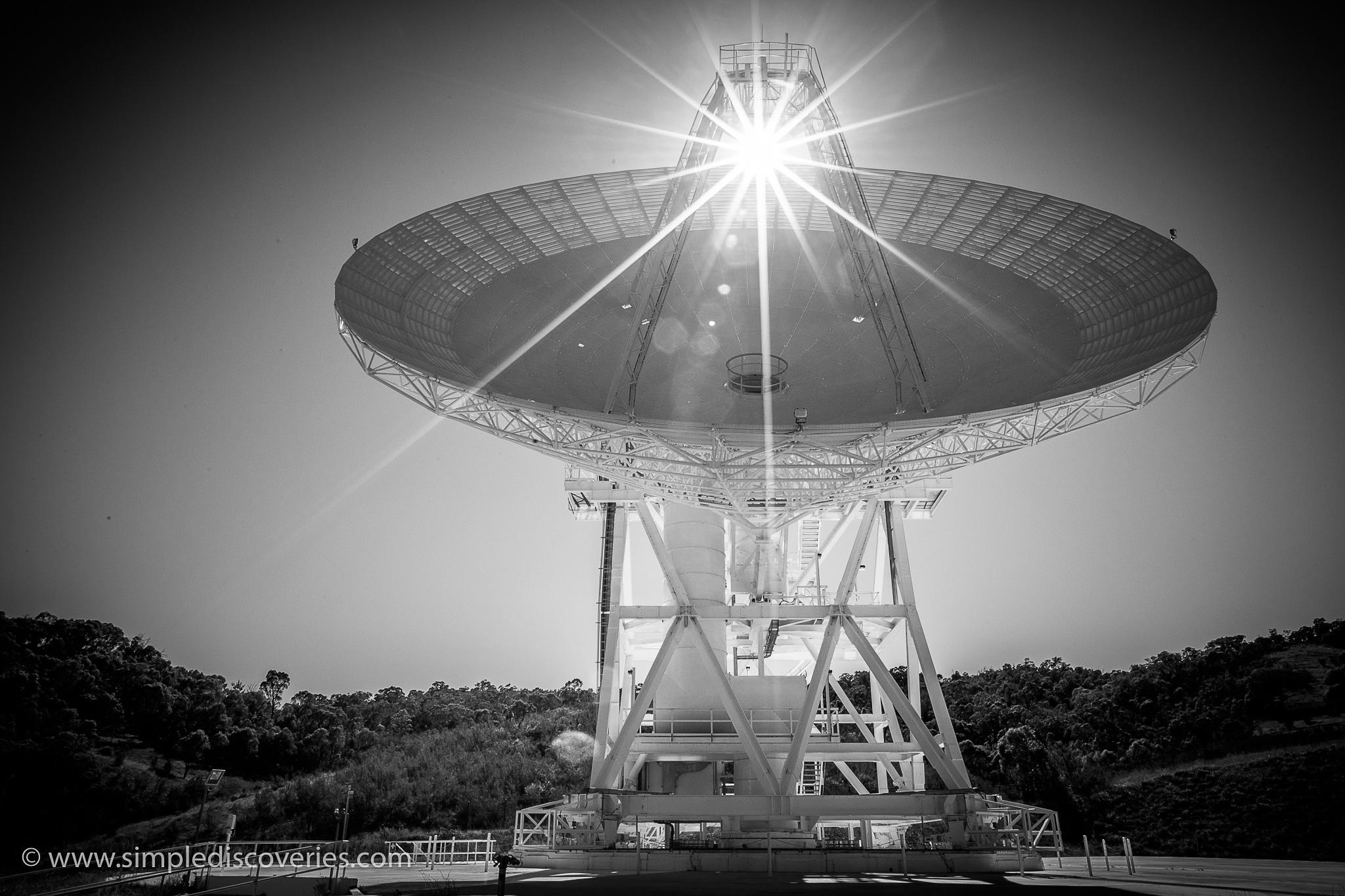 australia_canberra_space_antenna