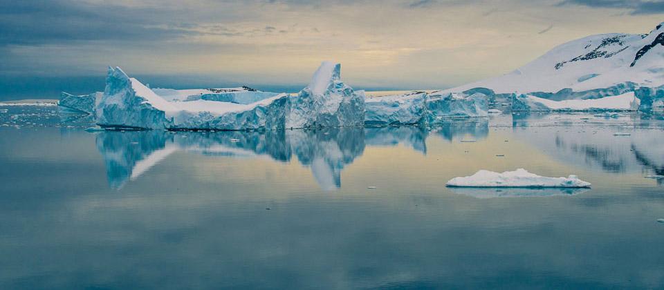 antarctica_travel
