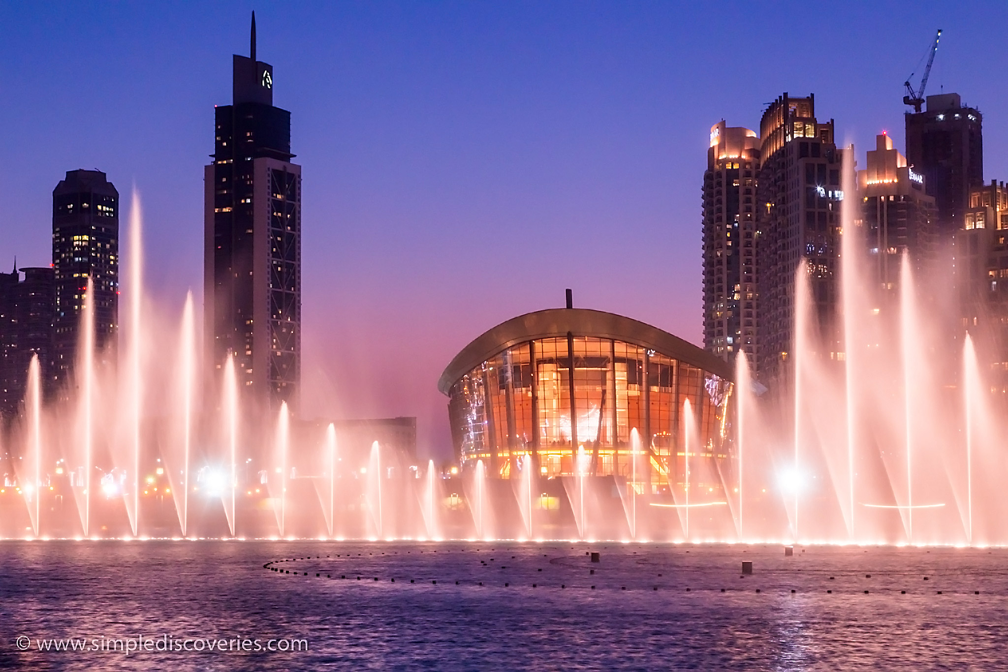 dubai_fountain_show_dusk