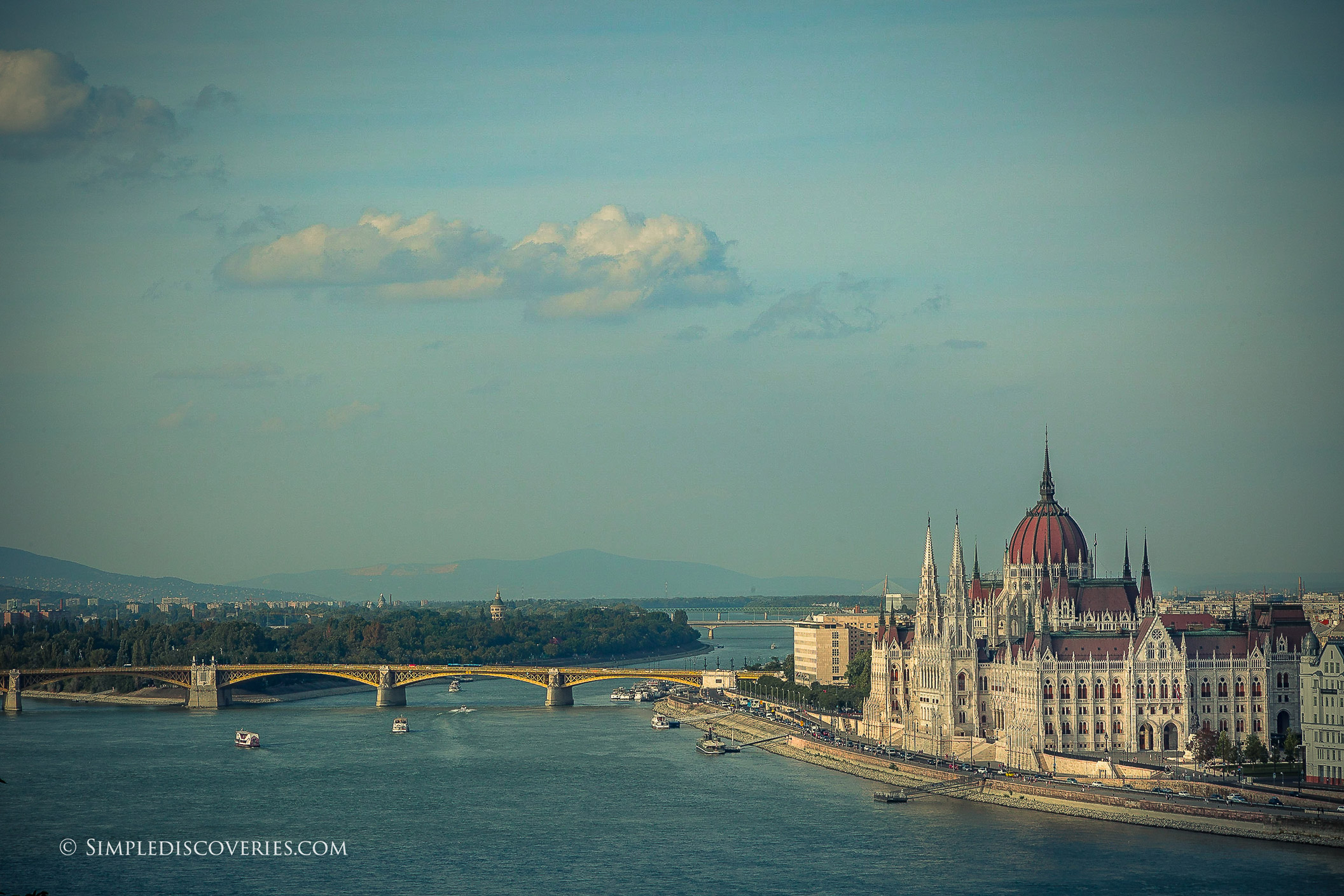 pest_budapest_view_danube