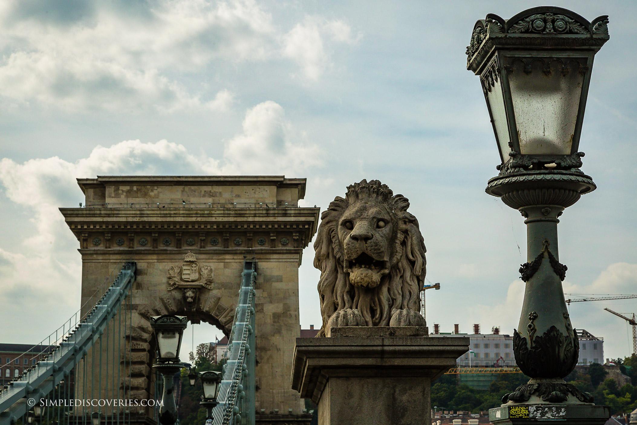 chain_link_bridge_budapest