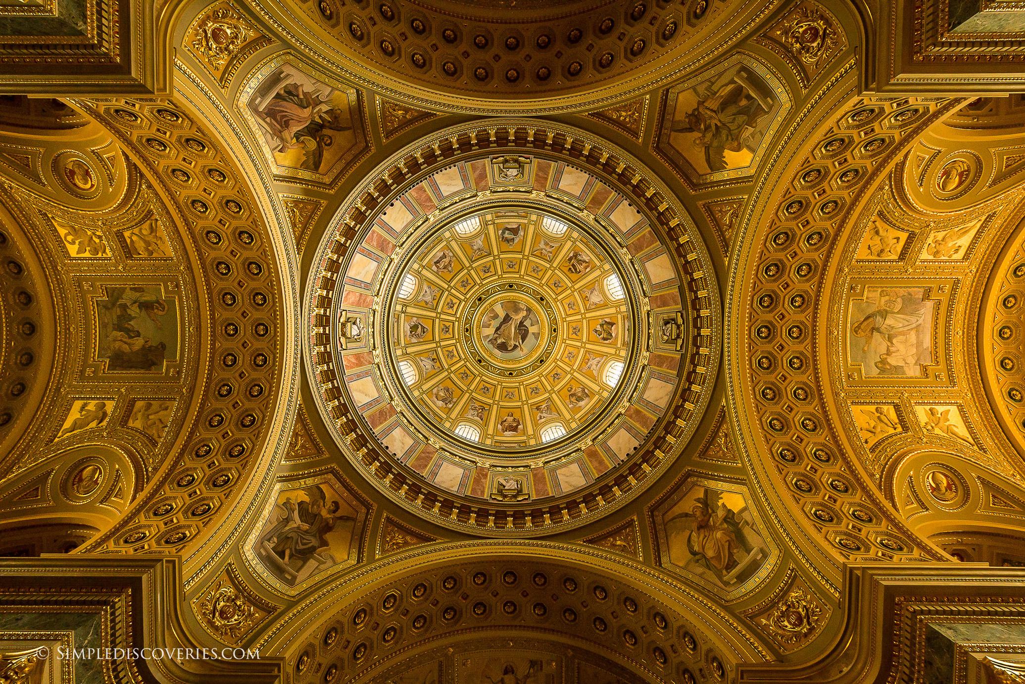 st_stephens_basilicia_ceiling_budapest