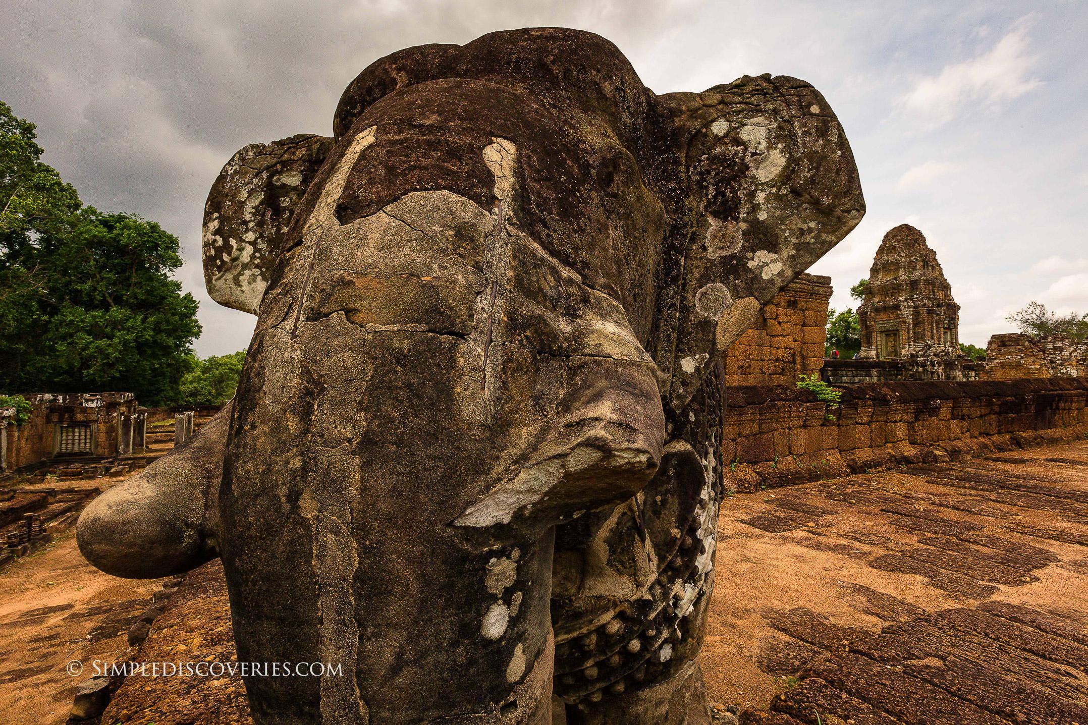 elephant_statue_cambodia